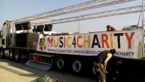 """BannerSkandal sponsert PVC-Plane für """"Musik4Charity"""""""